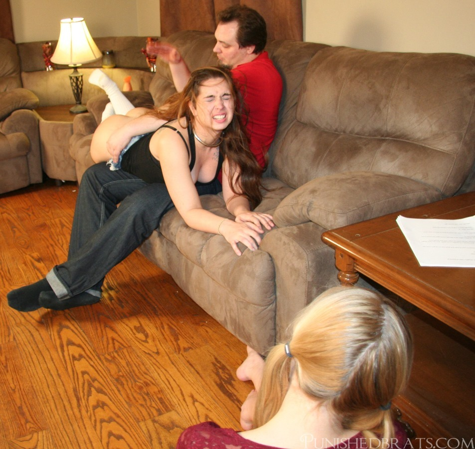 Wife spanked in front to friends