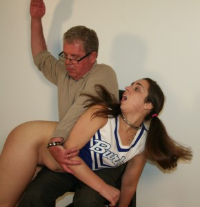 cheerleader2 2-2
