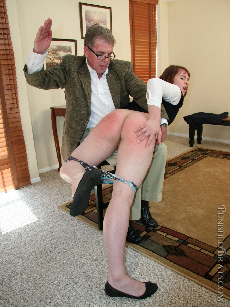 Spanking And Mouth Soaping
